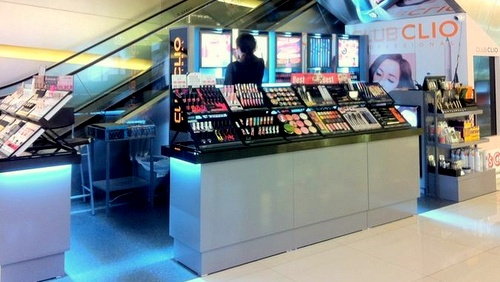 Club Clio cosmetics store apm mall Hong Kong