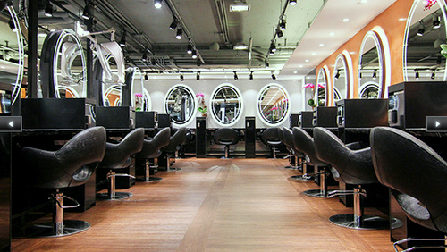 HH Hair and Nail salon Harbour City Hong Kong.