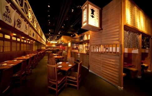 E-pai Japanese teppan-yakitori restaurant within APM mall in Hong Kong.