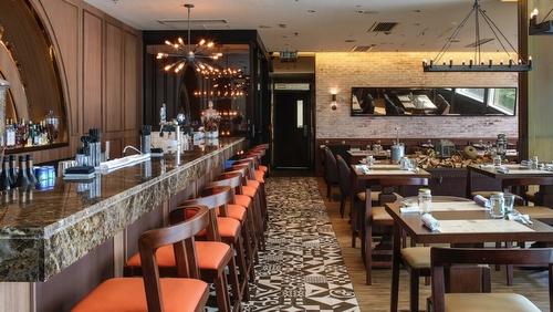 LIBERTY EXCHANGE Kitchen & Bar Landmark Hong Kong.