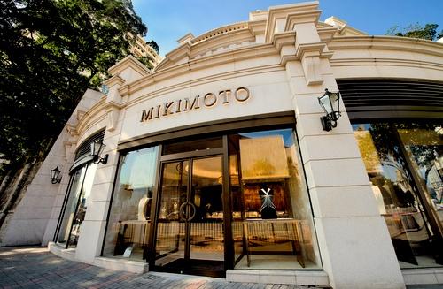 Mikimoto jewellery store 1881 Heritage Hong Kong.