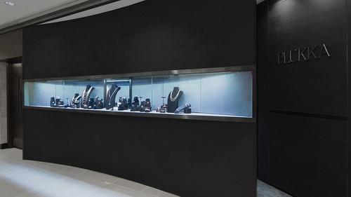 Plukka jewellery store Landmark Chater Hong Kong.