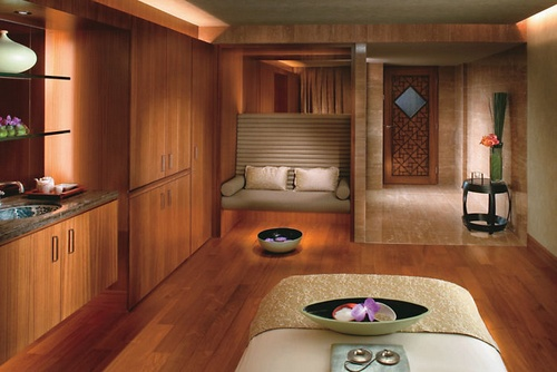 The Mandarin Spa treatment room.
