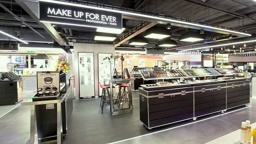 Make Up For Ever beauty store FACESSS Harbour City Hong Kong.