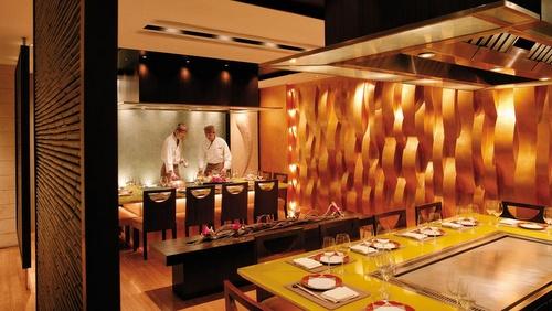 Kowloon Shangri-La hotel's Nadaman Japanese restaurant Hong Kong.