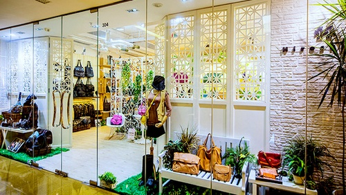 Hiroshima bag & accessories store Cityplaza Hong Kong.