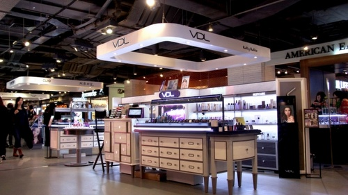VDL cosmetics shop Harbour City Hong Kong.