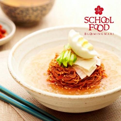 School Food restaurant meal Hong Kong.