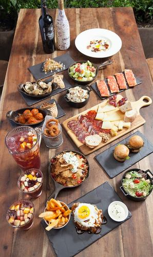 el Born Spanish restaurant's ham, cheese, croquettes and other tapas with wine and Sangría from Spain, available in Hong Kong.