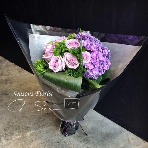 "Le Sean Seasons Florist ""Sweet Dreams"" bouquet, available in Hong Kong."